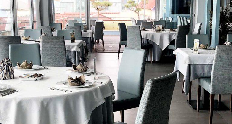 Sala principal restaurante Dóri, um dos restaurantes da Costa Nova a não perder