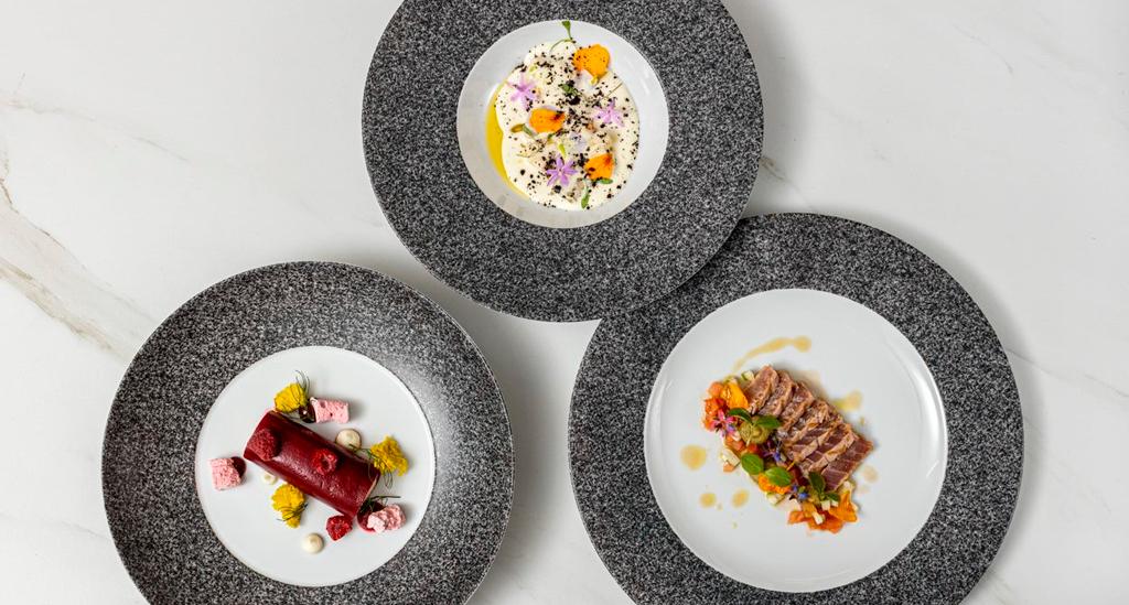 Platos preparados por el chef Tony Martins y tomados de la colección RAW